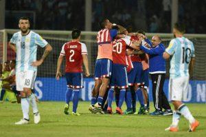 Sin embargo, sin su principal figura, cayeron por primera vez ante Paraguay como local y ya suman dos caídas y cinco empates. Foto:AFP