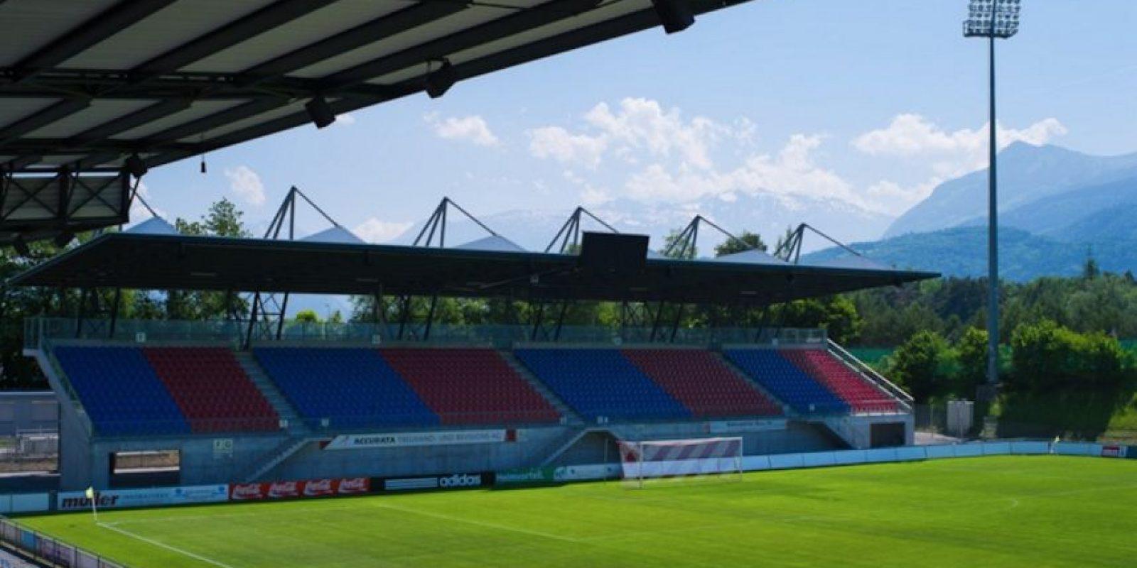 Rheinpark Stadion (Liechtenstein). Es el estadio más importante de Liechtenstein y ofrece una increíble vista de los Alpes. Con sus seis mil espectadores, es el estadio más importante del país y es la casa de la selección y el FC Vaduz. Foto:Sitio web oficial FC Vaduz