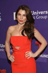 La actriz se mostró muy sensual en redes sociales Foto:Getty Images