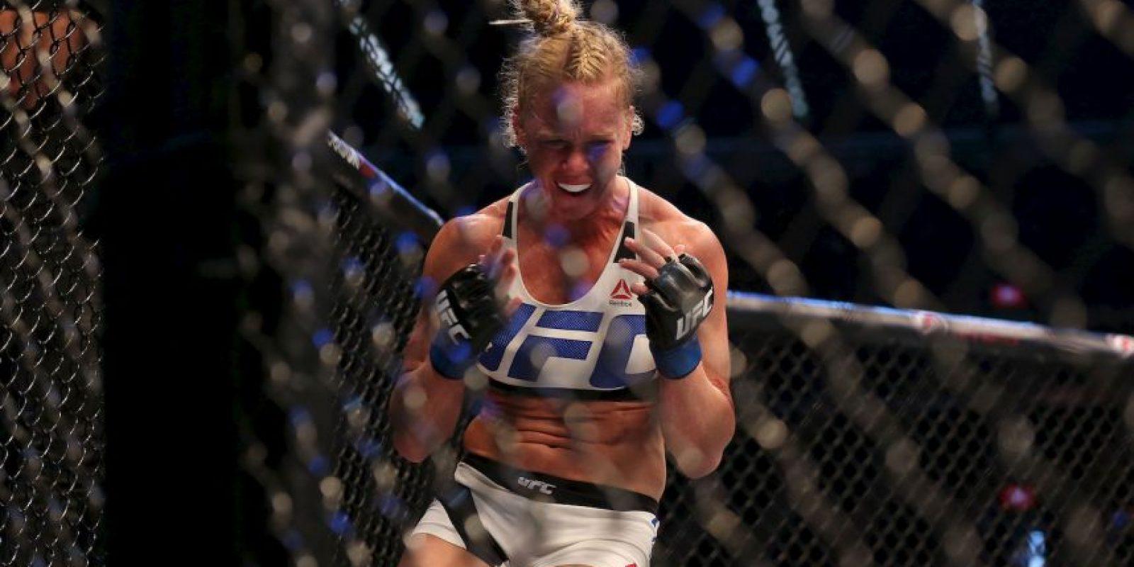 Sin embargo, fue nockeada por Holly Holm tras un puñetazo en la mandíbula Foto:Getty Images