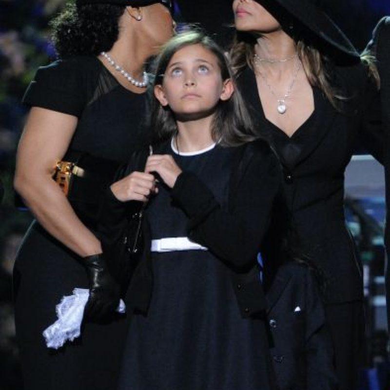 Paris es hija de la dermatóloga Debbie Rowe, quien trató el vitiligo de Michael Jackson. Foto:Getty Images