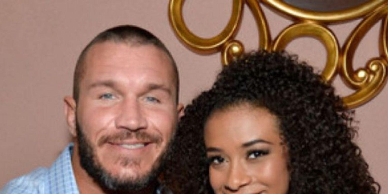 En 2014 se rumoró una relación de Randy Orton con Jojo Foto:WWE