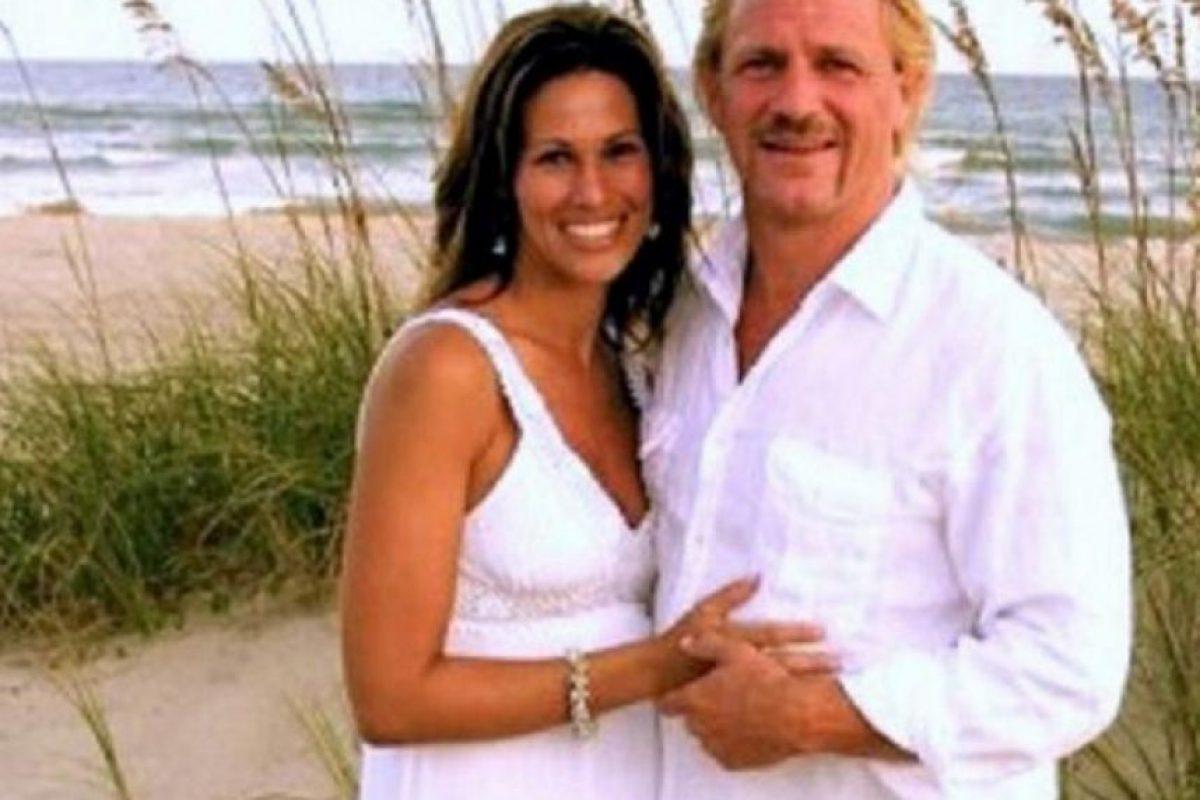 Karen y Jeff Jarrett se juraron amor eterno en 2010 Foto:WWE