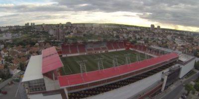 Vozdovac Stadion (Serbia). Es la casa del FK Vozdovac y su particularidad es que está sobre un centro comercial. Tiene una capacidad para 5200 espectadores. Foto:Captura de pantalla
