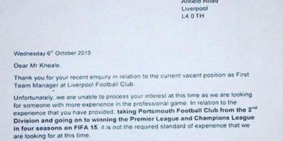 """""""Gamer"""" fanático de """"FIFA 15"""" se ofreció para dirigir al Liverpool"""