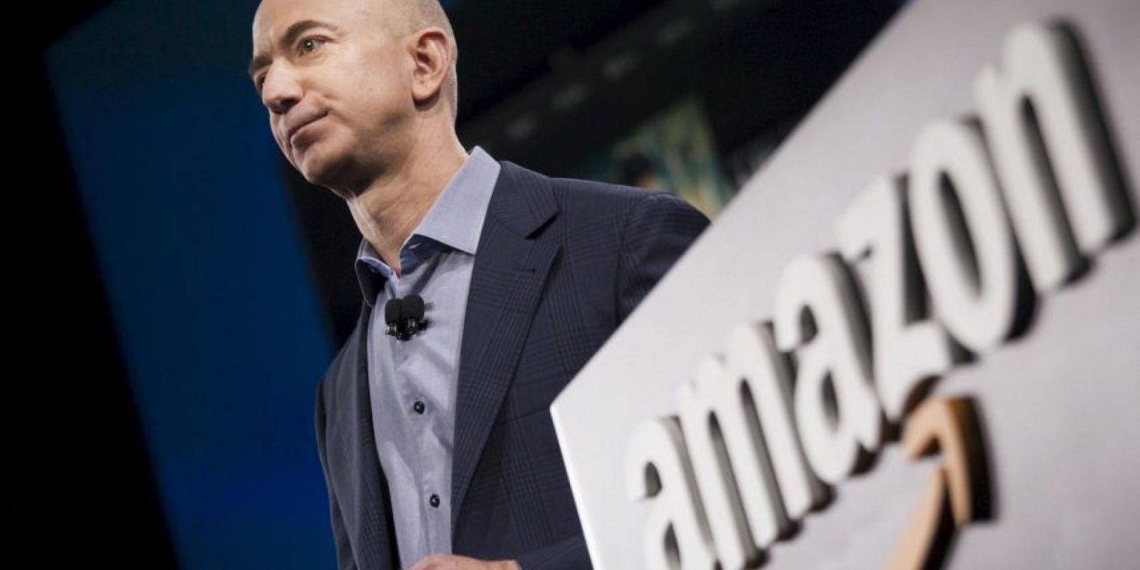Jeff Bezos, el CEO de Amazon, ha gastado más de 42 millones de dólares en crear un reloj que entregue la hora exacta por más de 10 mil años, aunque no estará vivo para ver si su inversión dio frutos. La idea, es simbolizar la importancia de pensar a largo plazo Foto:Getty Images