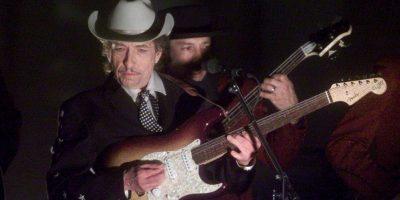 Bob Dylan gana el Nobel de Literatura y hay reacciones encontradas