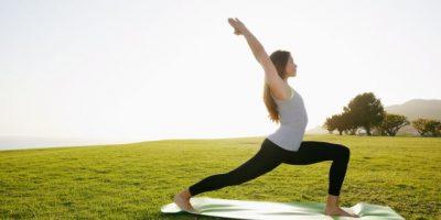 Impartirán curso de yoga