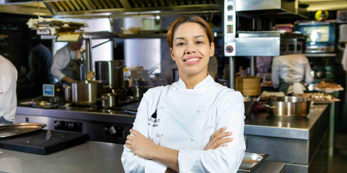 Mar a marte cree que el lugar del chef es la cocina for Estrella michelin cocina