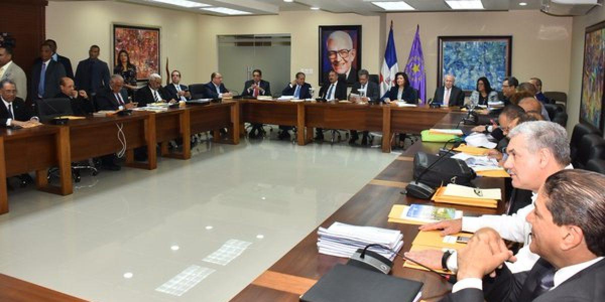 Resultado de imagen para reunión del comité político del pld
