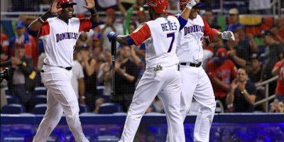 Dominicana debuta con triunfo en el Clásico Mundial tras derrotar 9-2 a Canadá