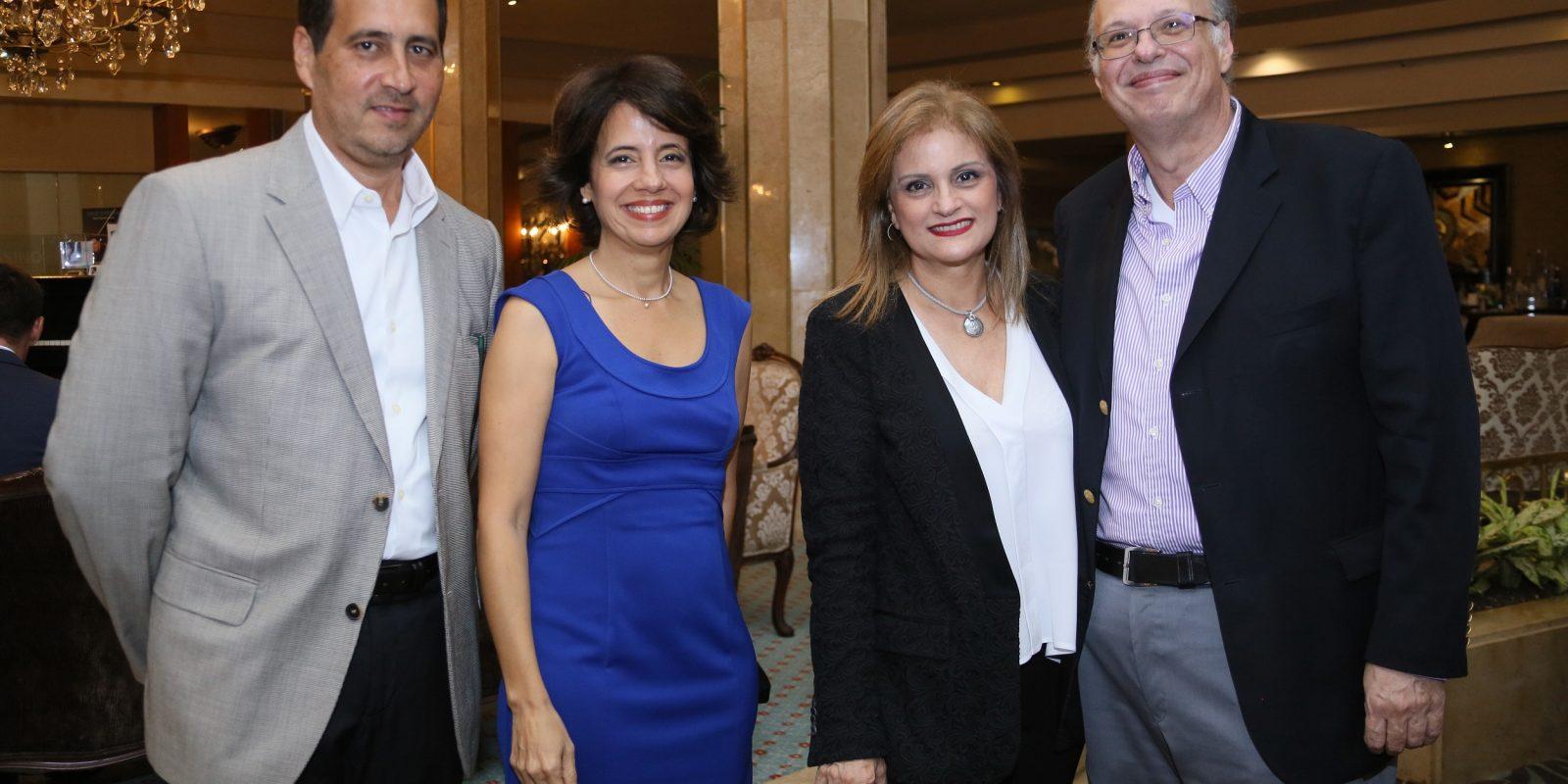 Ivan Lezcano, Sara de Lezcano, Begona Minguez y Herbert Stern