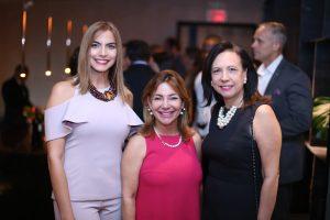 6- Angela María Sánchez, Andrea Guzmán y Maripili Bellapart