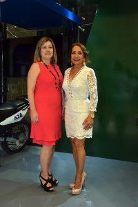 DSC_0642 Lucile Houellemont de Gamundi y Mercedes Bonilla.