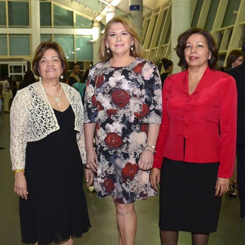 Foto 5 Mirna Aquino, Miriam Molina y Ligia Perez