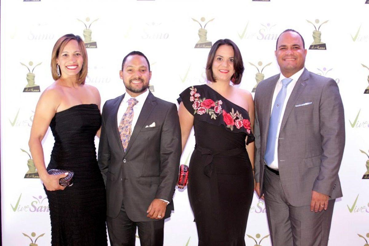 Glenis Fernandez, Anderling Ortiz, Jennifer Betancourt y Rufino Santos