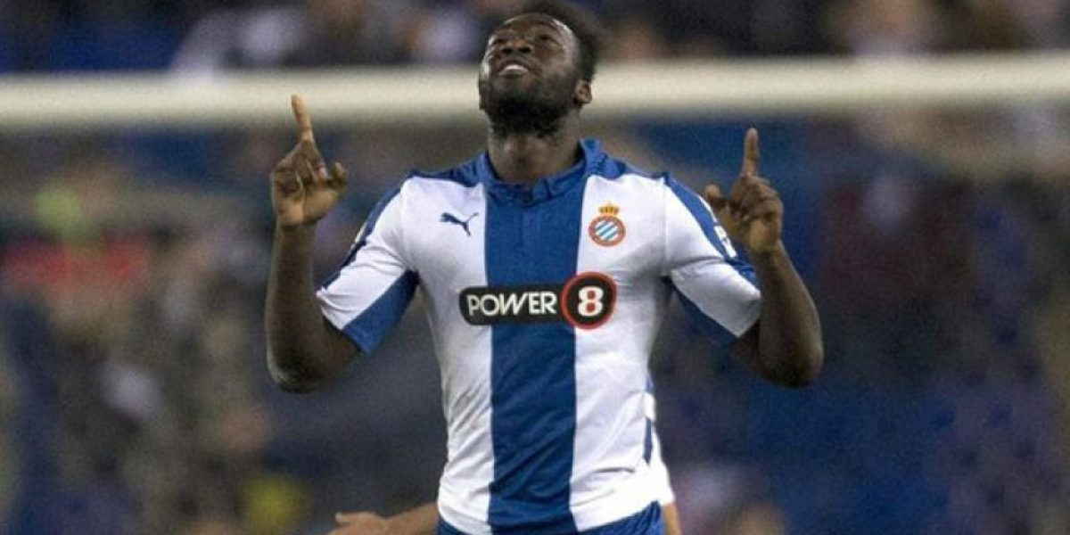 Felipe Caicedo anotó un gol al FC Barcelona