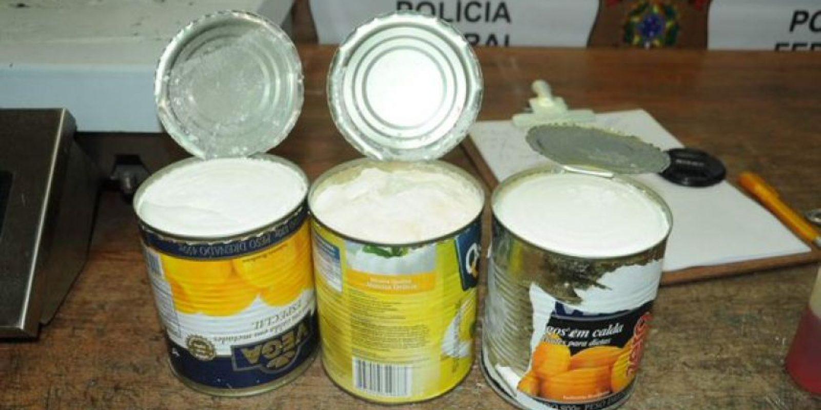 Enlatados: Diferentes tipos de conservas como sardinas, durazno, verduras han sido utilizados por los narcotraficantes para llevar la droga en encomiendas o maletas. Foto:Internet