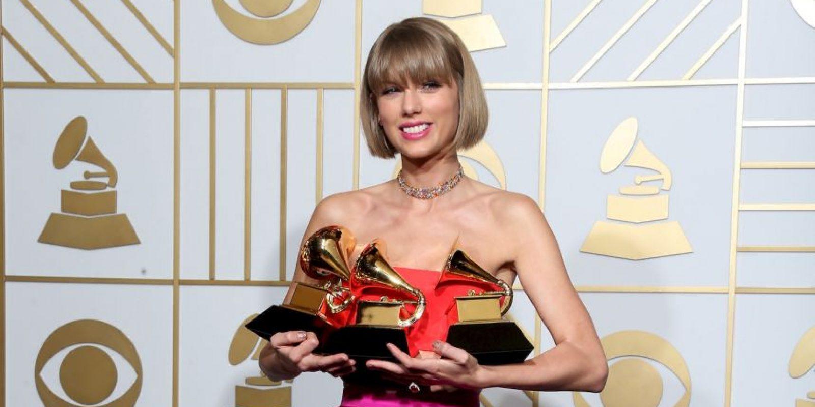 A pesar de esto, Taylor se llevó tres Grammy la noche de este lunes 15 de febrero. Foto:Getty Images