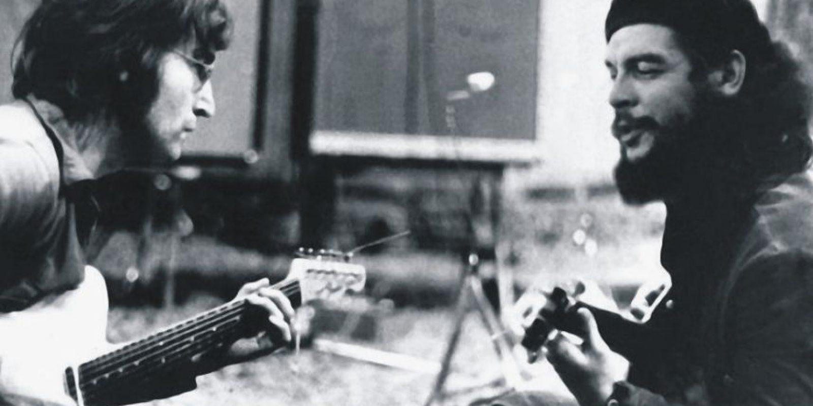 John Lennon tocando con el Che Guevara. ¿Toco alguna vez Lennon con el popular revolucionario e icono de camisetas? No. Se trata de un montaje en el que alguien colocó la cara del Che sobre la del guitarrista Wayne 'Tex' Gsbriel, que es quien de verdad sale en la imagen. Foto:Giz Modo