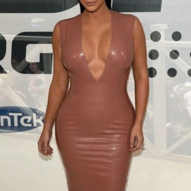 14 atuendos extravagantes de Kim Kardashian que le hicieron mostrar demasiada piel Foto:Getty Images