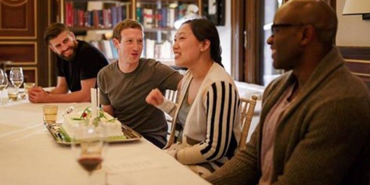 Mark Zuckerberg celebra cumpleaños de su esposa junto a Piqué