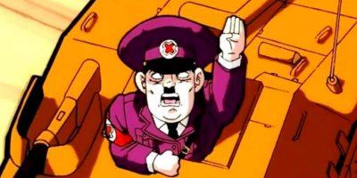 """Hitler aparece en Dragon Ball Z, en la película """"Fusion Reborn"""". Goten y Trunks luchan contra él y su ejército. Este les pregunta que si tienen cabello rubio y ojos azules deberían unirse a sus legiones, pero ellos lo mandan de nuevo al infierno. En países como Alemania es Israel, por obvias razones, la escena fue censurada. Las X fueron en referencia a """"El Gran Dictador"""" de Charles Chaplin Foto:Toei"""