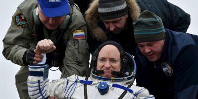 El astronauta de 52 años se veía alegre. Foto:AP