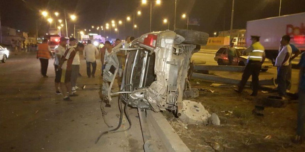 Accidente de tránsito en la vía Perimetral  deja 2 fallecidos