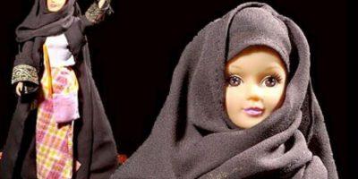 """Fotos: 5 muñecas que son más """"realistas"""" que Barbie Fulla encarna los valores musulmanes, es sofisticada y tiene dos hermanas. También es culta y familiar. Se le llamó así por una flor de Medio Oriente. Foto:vía MuslimToys"""