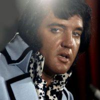 Elvis no ha muerto: es un mito que sigue en pie. Dicen que se le ha visto en muchas partes. Pues bien, es mentira. Foto:vía Getty Images