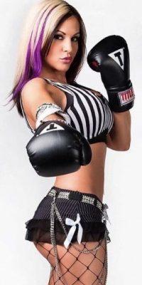 Fue una de las luchadoras más famosas de TNA Foto:Vía instagram.com/velvetsky
