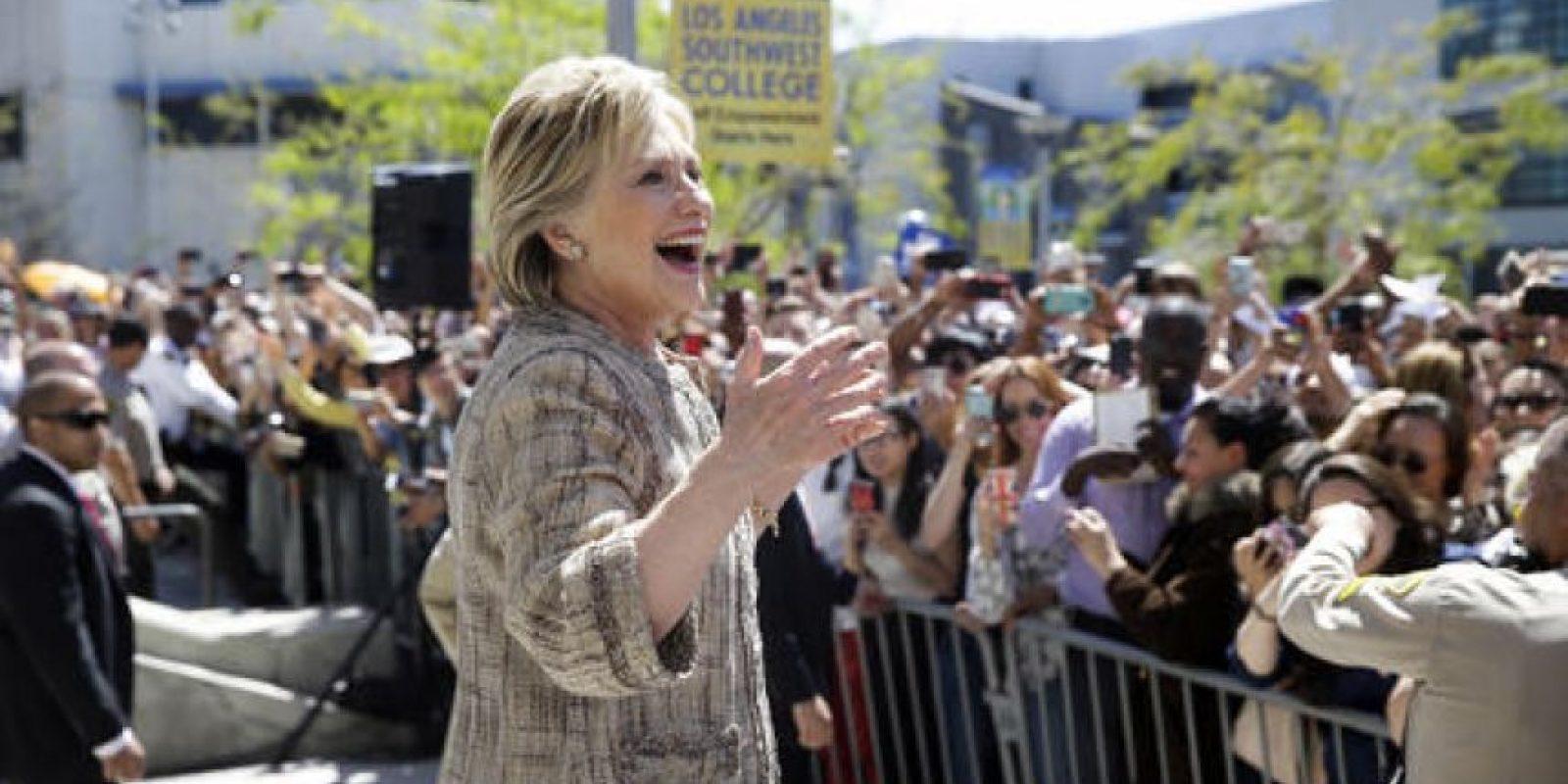 Hillary Clinton continúa siendo la favorita a la candidatura del Partido Demócrata a la presidencia. Foto:AP