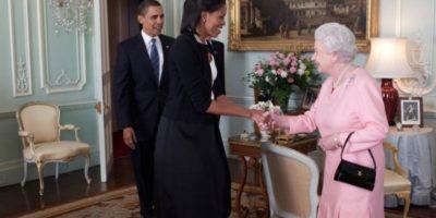 Afirmó que tenía la vajilla de la reina Isabel. Foto:vía Getty Images