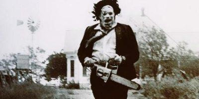 'Masacre en Texas' (1974) es considerada como una de las películas más impactantes en su momento, también basada en los crímenes de Ed Gein. Foto:Internet