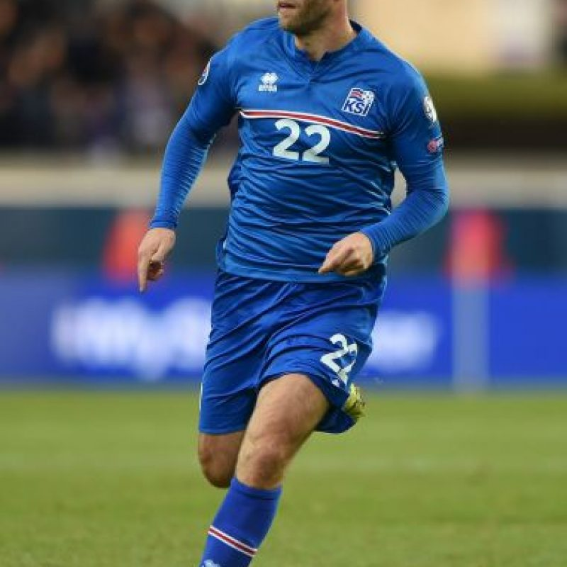 El veterano jugador de 37 años tendrá el lujo de comandar a la selección de Islandia, quienes debutan en una Eurocopa. Foto:Getty Images