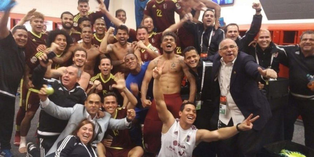 Venezuela: Salomón Rondón celebró el triunfo de la Vinotinto