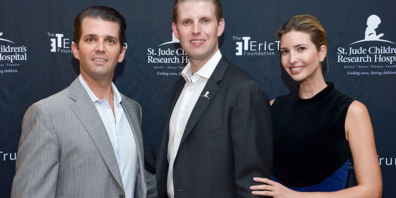 Con su primera esposa Ivana Trump tuvo a sus hijos Donald John Jr., Invanka Marie y Eric Fredrick. Foto:Getty Images