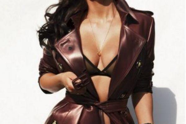 Kim Kardashian celebra 10 años de la revista