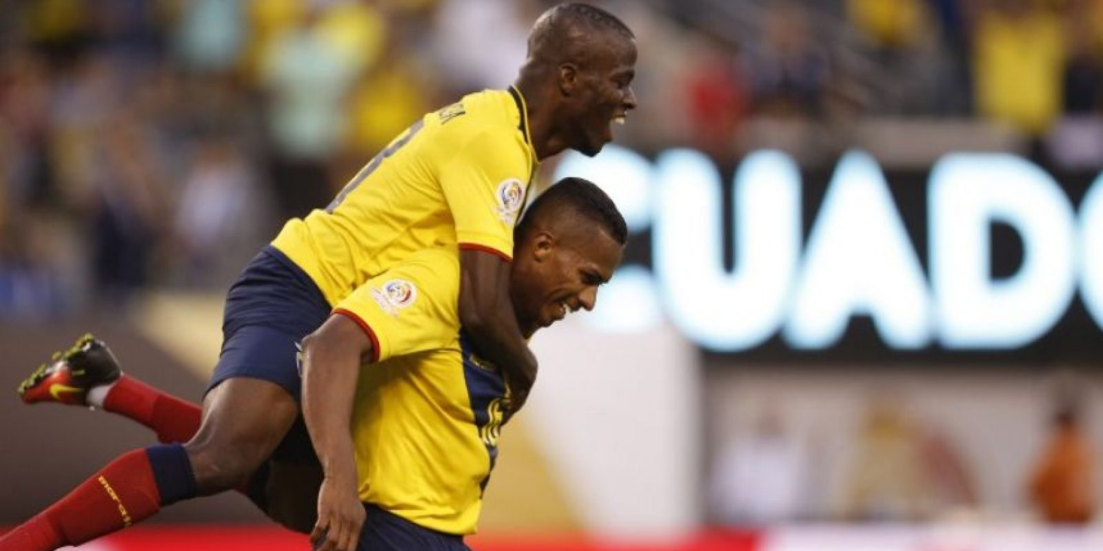 Ecuador no ha mostrado el mismo nivel que lo tienen primero de las Clasificatorias, pero de todas formas avanzó a la siguiente ronda tras empatar con Perú, Brasil y vencer a la débil Haití Foto:AFP