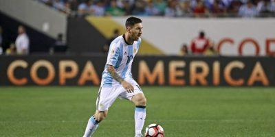 Ahora, en cuartos de final, será la prueba de fuego para Lionel Messi, quien hasta se dejó barba para cortar su 'mufa' con Argentina y la racha de 23 años que suma su selección sin títulos Foto:Getty Images