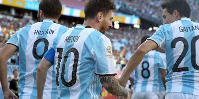 Argentina venció con comodidad a Venezuela y su victoria por 4 a 1 le permitió avanzar a las semifinales Foto:Getty Images