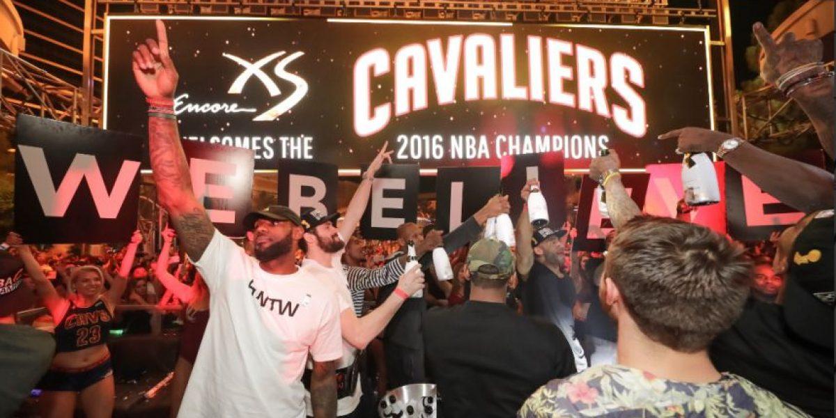 Los Cavs celebraron en Las Vegas su título de la NBA