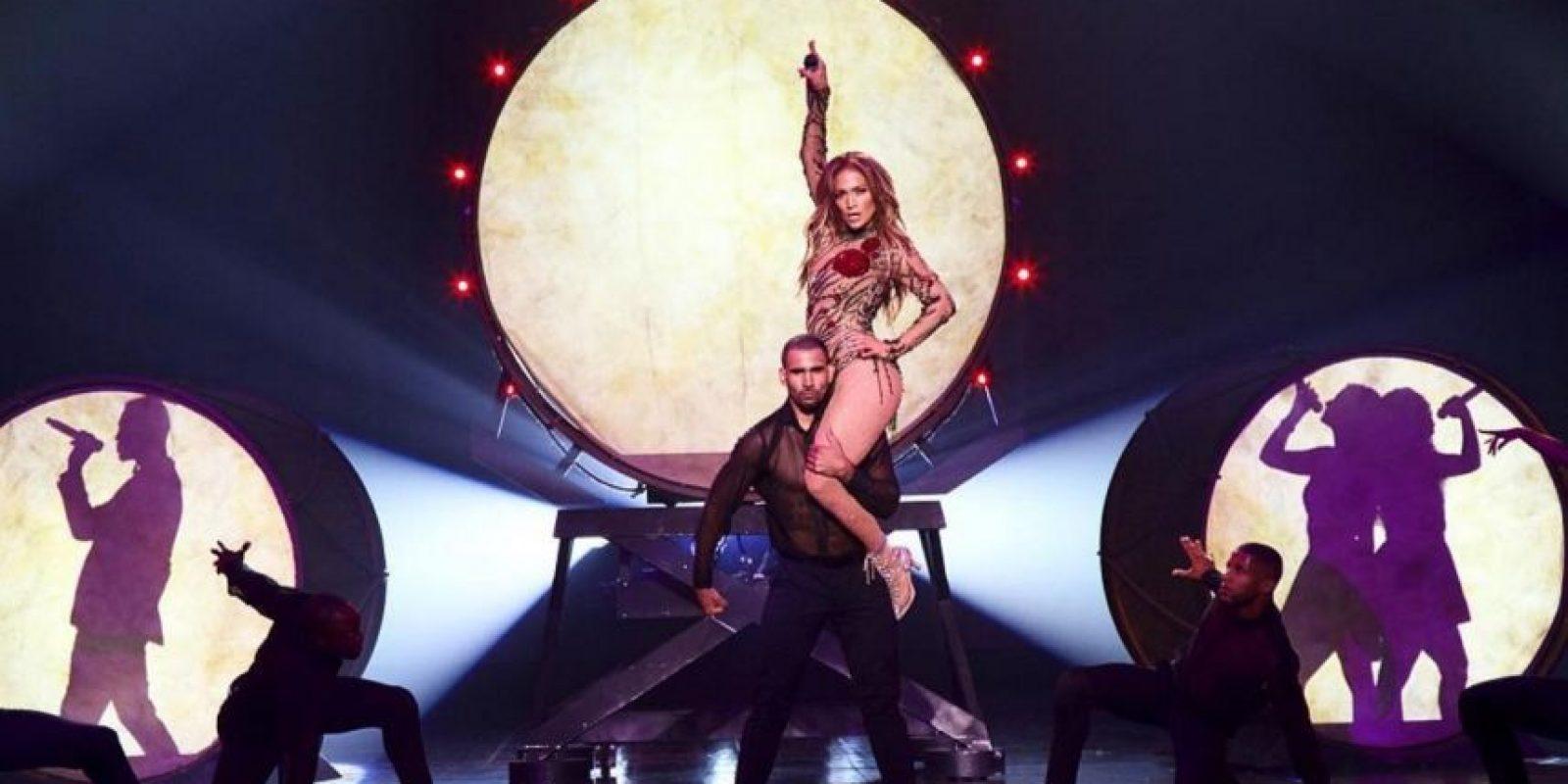 """La cantante bailó al ritmo de """"La Gasolina"""" Foto:Vía instagram.com/jlo/?hl=es"""