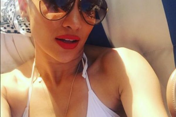 "Jennifer López hace twerking al ritmo de ""La Gasolina"""