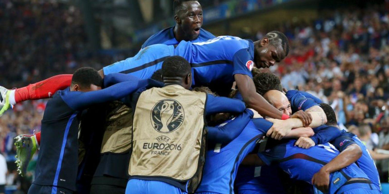 Francia pudo ganar su grupo y revalidó su condición de local Foto:Getty Images
