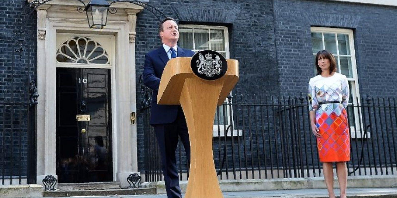 El primer ministro de Reino Unido, David Cameron, presentó su renuncia unas horas después de conocerse el resultado Foto:AFP