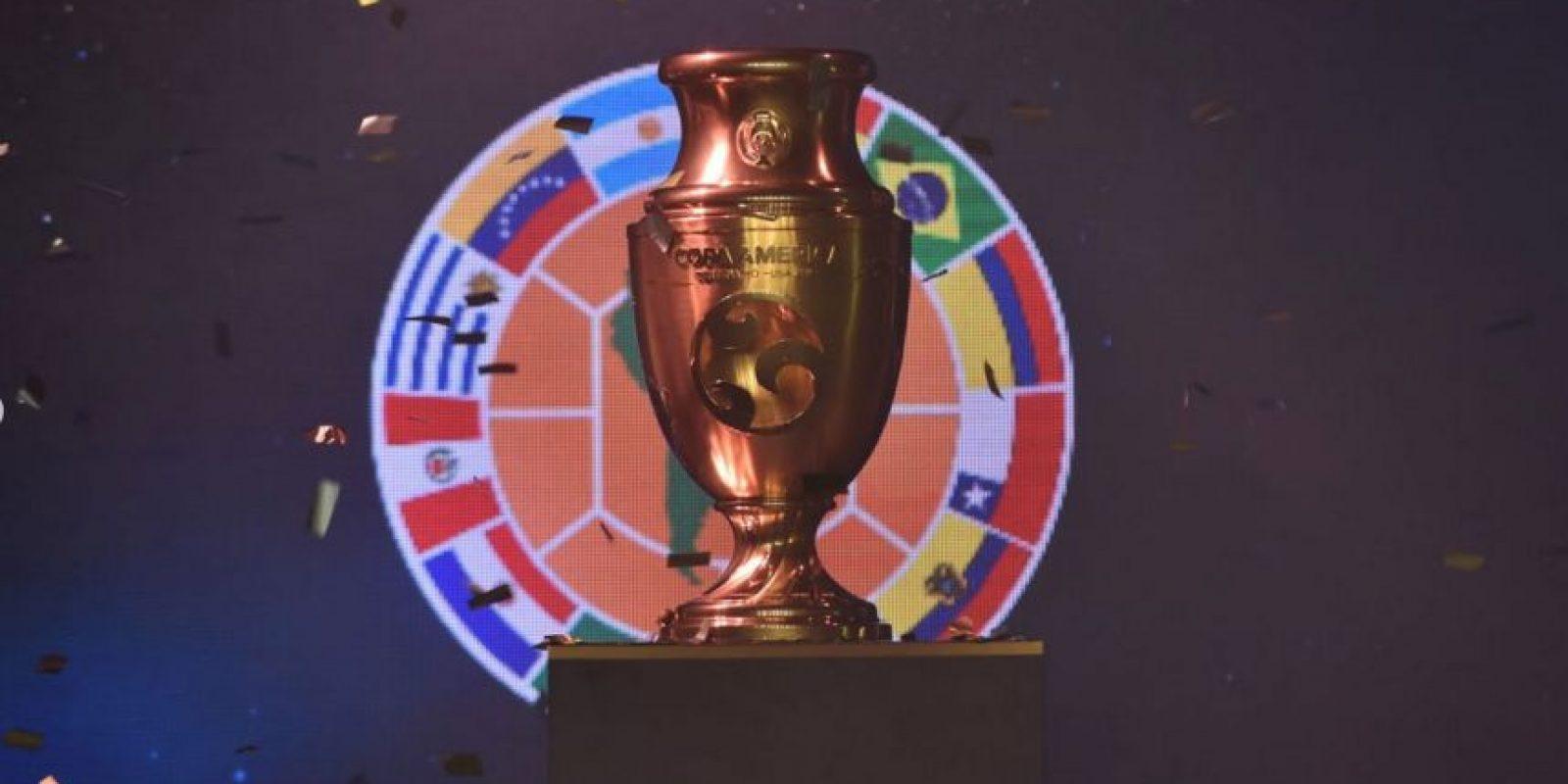El inédito trofeo de la Copa América Centenario busca dueño Foto:Conmebol.com