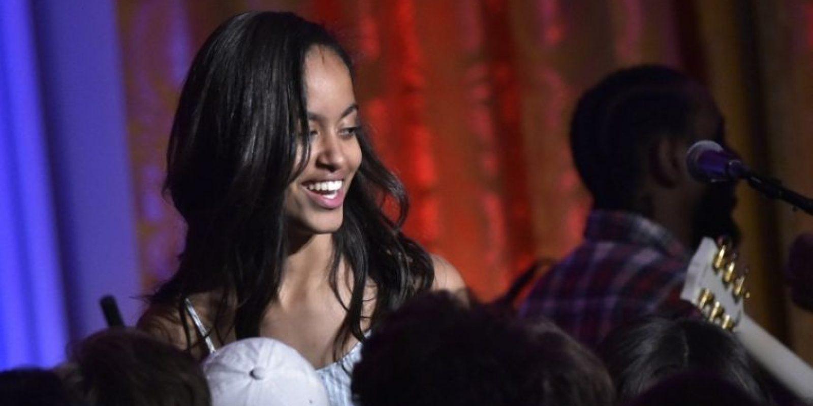 Malia Obama cumplió 18 años. Tenía 10 cuando llegó a la Casa Blanca Foto:AFP