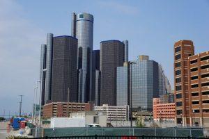 Detroit (EE.UU.) La difícil situación económica ha llevado a Detroit a convertirse en una ciudad repleta de barrios abandonados. Para mitigar las consecuencias de la crisis, la ciudad ha creado un programa para atraer a profesionales pagando 2500 dólares si trabajan en las empresas de la ciudad.